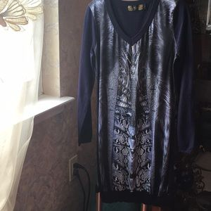 Dress / sweater with long sleeve